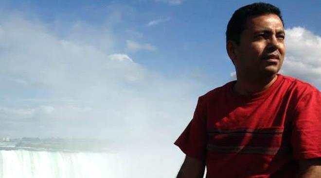 টিএসসিতে দুর্বৃত্তদের হামলায় ব্লগার অভিজিৎ নিহত